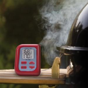 Digital smoker thermometer